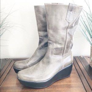 Antelope wedge boots
